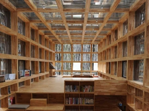 Мини-библиотека из отходов
